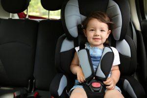 Scaunul auto pentru copii – cel mai bun mijloc de protecție