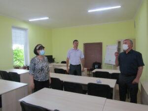 Sala de computere de la Şcoala Primară Floreşti, renovată