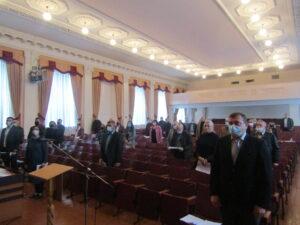 Consilierii raionali au fost convocaţi în şedinţă extraordinară